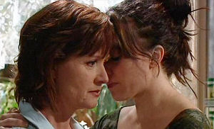Libby Kennedy, Susan Kennedy in Neighbours Episode 4479