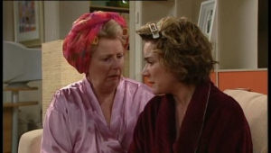 Valda Sheergold, Lyn Scully in Neighbours Episode 4528