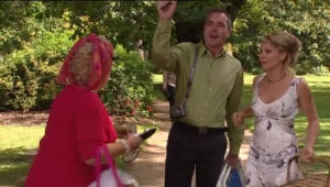 Valda Sheergold, Karl Kennedy, Izzy Hoyland in Neighbours Episode 4528