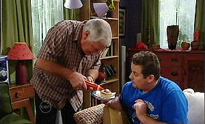 Lou Carpenter, Toadie Rebecchi in Neighbours Episode 4795