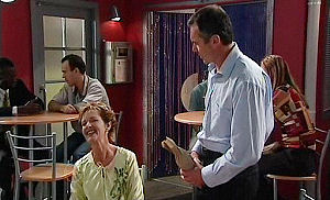 Susan Kennedy, Karl Kennedy in Neighbours Episode 4795
