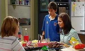 Bree Timmins, Zeke Kinski, Rachel Kinski in Neighbours Episode 4795