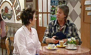 Lyn Scully, Joe Mangel in Neighbours Episode 4796