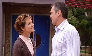 Susan Kennedy, Karl Kennedy in Neighbours Episode 4798