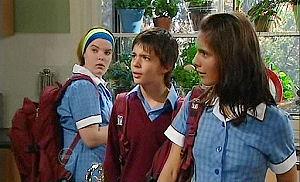 Bree Timmins, Zeke Kinski, Rachel Kinski in Neighbours Episode 4799
