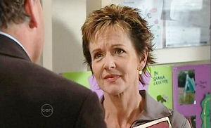 Alex Kinski, Susan Kennedy in Neighbours Episode 4799