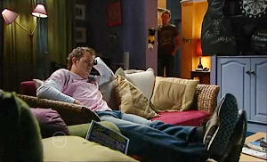 Stuart Parker in Neighbours Episode 4799