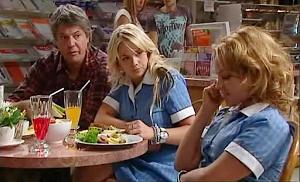 Joe Mangel, Steph Scully, Serena Bishop in Neighbours Episode 4802
