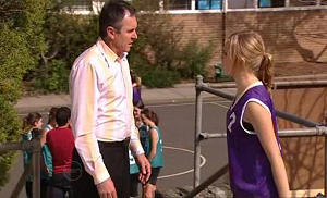 Janae Timmins, Karl Kennedy in Neighbours Episode 4802