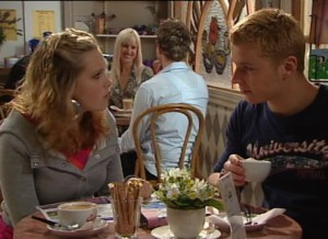 Janae Timmins, Boyd Hoyland in Neighbours Episode 4863