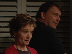 Alex Kinski, Susan Kennedy in Neighbours Episode 4864