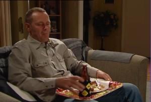 Max Hoyland in Neighbours Episode 4864