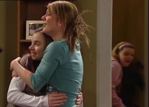 Summer Hoyland, Izzy Hoyland, Bree Timmins in Neighbours Episode 4864