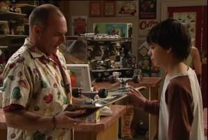 Kim Timmins, Zeke Kinski in Neighbours Episode 4865