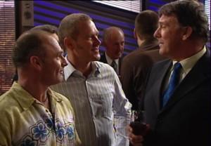 Kim Timmins, Max Hoyland, Alex Kinski in Neighbours Episode 4865
