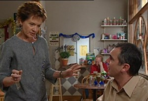 Susan Kennedy, Karl Kennedy in Neighbours Episode 4866