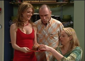 Izzy Hoyland, Kim Timmins, Janelle Timmins in Neighbours Episode 4868