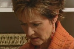 Susan Kennedy in Neighbours Episode 4902