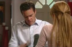 Paul Robinson, Elle Robinson in Neighbours Episode 4903