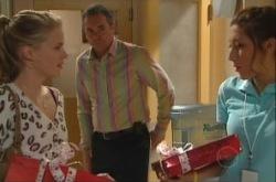 Elle Robinson, Katya Kinski, Karl Kennedy in Neighbours Episode 4903