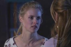 Elle Robinson in Neighbours Episode 4903