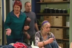 Angie Rebecchi, Janelle Timmins, Kim Timmins in Neighbours Episode 4910