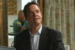 Paul Robinson in Neighbours Episode 4910