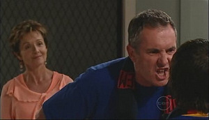 Susan Kennedy, Karl Kennedy, Zeke Kinski in Neighbours Episode 4962