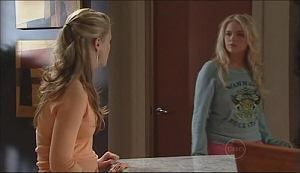 Elle Robinson, Sky Mangel in Neighbours Episode 4964