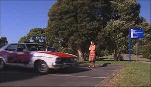 Elle Robinson in Neighbours Episode 4964