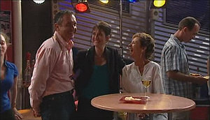 Jenny McKenna, Karl Kennedy, Susan Kennedy in Neighbours Episode 4965