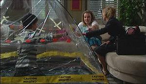 Zeke Kinski, Bree Timmins, Michelle Craig in Neighbours Episode 4970