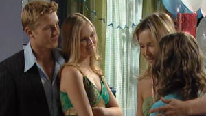 Boyd Hoyland, Janae Timmins, Steph Scully, Summer Hoyland in Neighbours Episode 4999