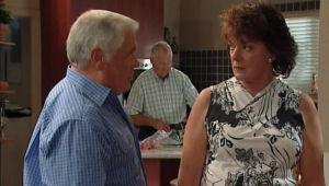 Lou Carpenter, Harold Bishop, Mishka Schneiderova in Neighbours Episode 5004