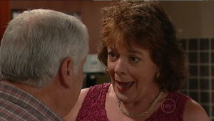 Lou Carpenter, Mishka Schneiderova in Neighbours Episode 5004