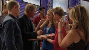 Max Hoyland, Shane Warne, Janae Timmins, Boyd Hoyland, Steph Scully in Neighbours Episode 5005