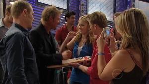 Max Hoyland, Shane Warne, Janae Hoyland, Boyd Hoyland, Steph Scully in Neighbours Episode 5005