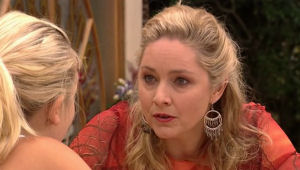 Sky Mangel, Janelle Timmins in Neighbours Episode 5005