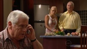 Lou Carpenter, Sky Mangel, Harold Bishop in Neighbours Episode 5005