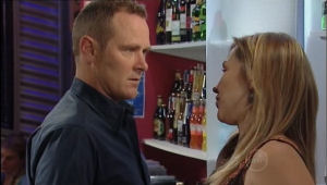 Max Hoyland, Steph Scully in Neighbours Episode 5006