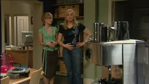 Elle Robinson, Janelle Timmins in Neighbours Episode 5007