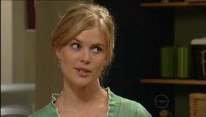 Elle Robinson in Neighbours Episode 5007