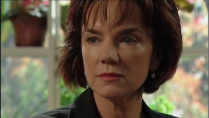 Lyn Scully in Neighbours Episode 5009