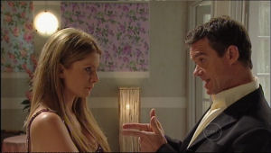 Izzy Hoyland, Paul Robinson in Neighbours Episode 5011