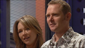 Steph Scully, Max Hoyland in Neighbours Episode 5011
