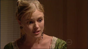 Elle Robinson in Neighbours Episode 5013