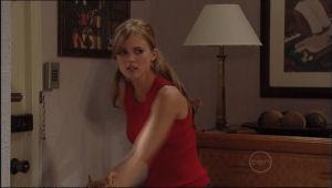 Elle Robinson in Neighbours Episode 5013