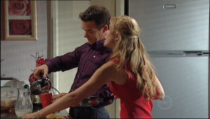 Paul Robinson, Elle Robinson in Neighbours Episode 5013