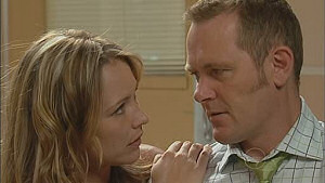Steph Scully, Max Hoyland in Neighbours Episode 5018