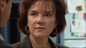 Lyn Scully in Neighbours Episode 5020